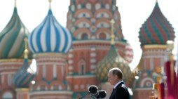 Putin takes swipe at US in Victory Day speech
