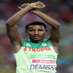 Ethiopia : Paralympic athlete Tamiru Demisse protested as he crosses finishing line