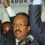 "US dual citizen, Somalia's new president declares ""new era of unity"""