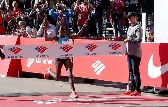 Tirunesh Dibaba won Bank of America Chicago Marathon